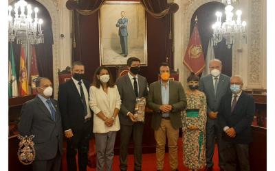 El vicepresidente de la Junta de Andalucía, Juan Marín, apoya al Consejo de Hermandades en su labor para conseguir que la Semana Santa de Cádiz sea declarada de Interés Turístico Nacional